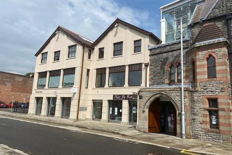 Office to rent - Attractive 2nd Floor Office Suite, 4 Derwen Road, Bridgend, CF31 1LH
