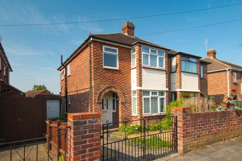3 bedroom semi-detached house to rent - Elfleda Road, Cambridge
