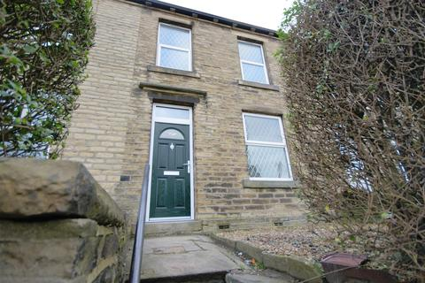 2 bedroom property to rent - Halifax Road, Brighouse