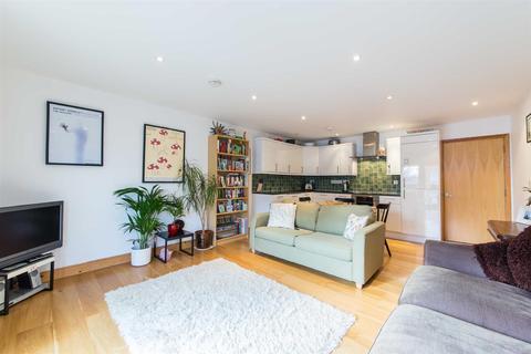 2 bedroom flat for sale - Hilldrop Lane, Tufnell Park, N7