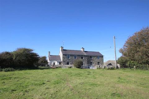 5 bedroom detached house for sale - Llanfwrog, Anglesey, LL65