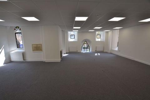 Office to rent - Luton, Bedfordshire