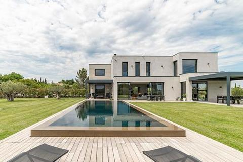 3 bedroom villa - 30700 Uzes, Gard, Languedoc-Roussillon
