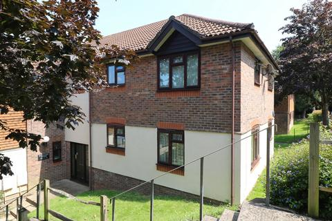 1 bedroom flat for sale - Kilnbarn Way, Haywards Heath, RH16
