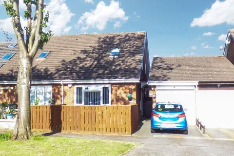 1 bedroom bungalow for sale - Burnbridge, Seaton Burn, Newcastle upon Tyne, Tyne and Wear, NE13 6DZ