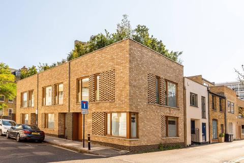 2 bedroom mews for sale - Richborne Terrace, London