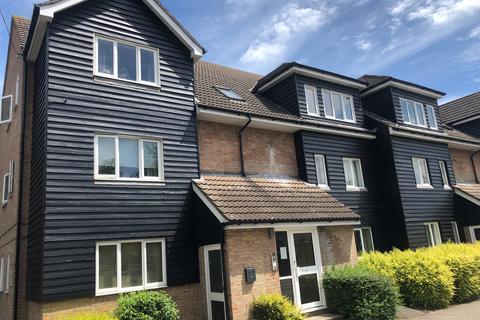 2 bedroom ground floor flat to rent - Brooklands Walk, Chelmsford CM2