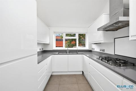 3 bedroom apartment for sale - Woodstock Road, London, NW11