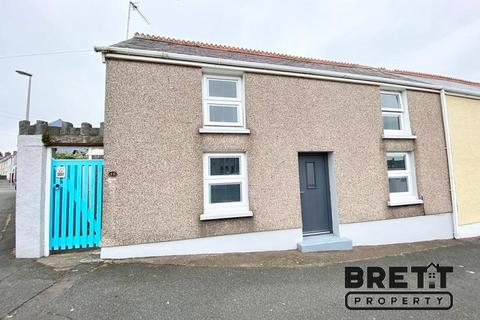 2 bedroom semi-detached house for sale - Upper Hill Street, Hakin, Milford Haven, Pembrokeshire. SA73 3LU