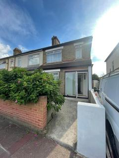 3 bedroom semi-detached house to rent - WESTMINISTER GARDENS IG11