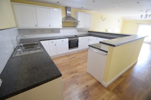 2 bedroom apartment to rent - Queen Street, Hadleigh
