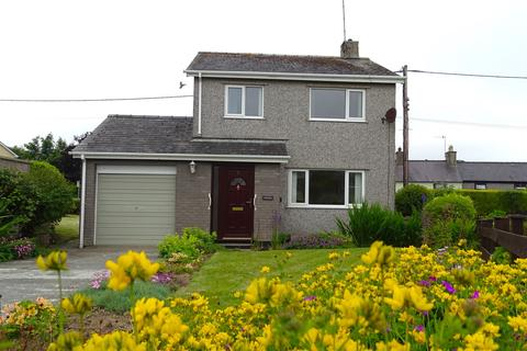 3 bedroom detached house for sale - Ty'n Rhos Estate, Penysarn