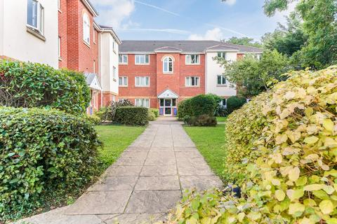 2 bedroom apartment to rent - Royal Court, Hume Way, Ruislip