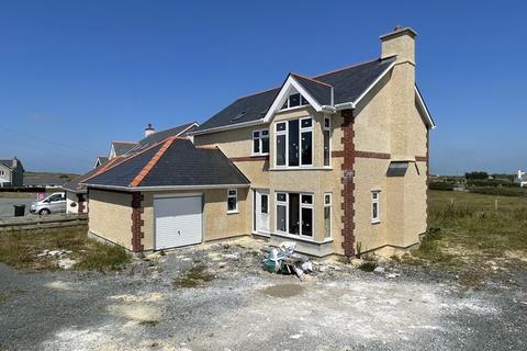 4 bedroom detached house for sale - Llanrhyddlad, Anglesey