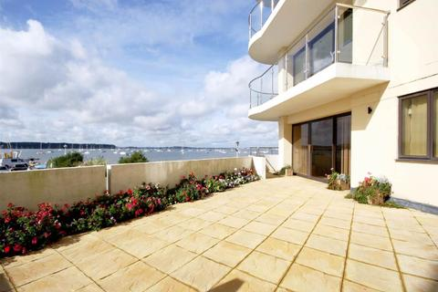 3 bedroom apartment to rent - Salterns Way , Lilliput, Poole