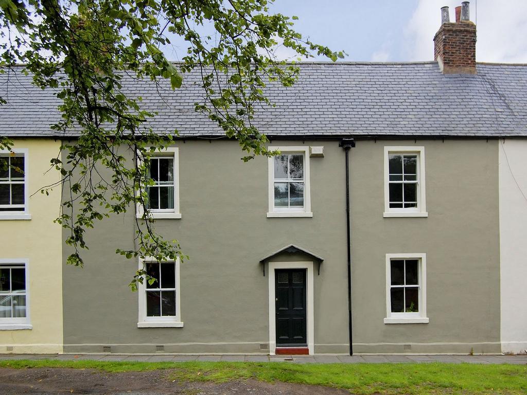 4 Bedrooms Terraced House for sale in Grosvenor Terrace, ALNWICK, Northumberland