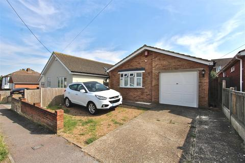 3 bedroom detached bungalow for sale - Cliff Gardens, Minster On Sea, Sheerness