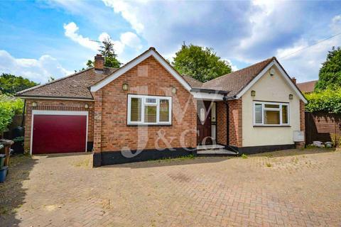 3 bedroom detached bungalow for sale - Spooners Drive, Park Street