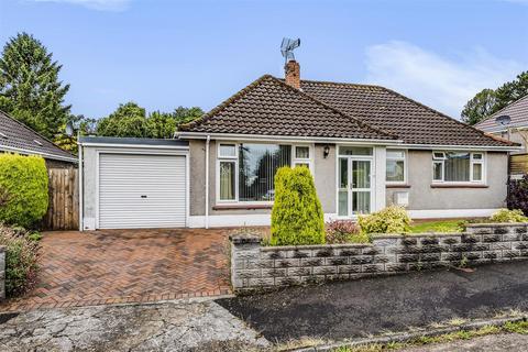 3 bedroom detached bungalow for sale - Glynderwen Close, Sketty, Swansea