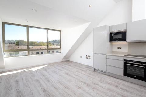 1 bedroom penthouse for sale - Avon Building, Riverview Court, Bath, BA1