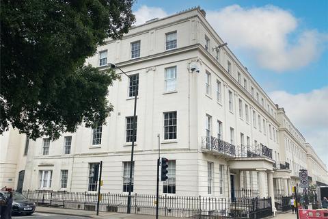 2 bedroom penthouse for sale - 1 Parade, Leamington Spa, CV32