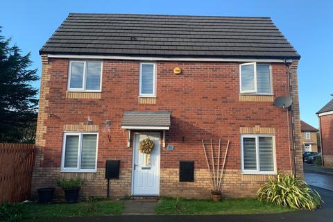 3 bedroom semi-detached house to rent - Hillside Avenue, Liverpool, Merseyside, L36