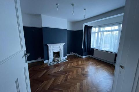 5 bedroom semi-detached house to rent - Brodie Road, Enfield