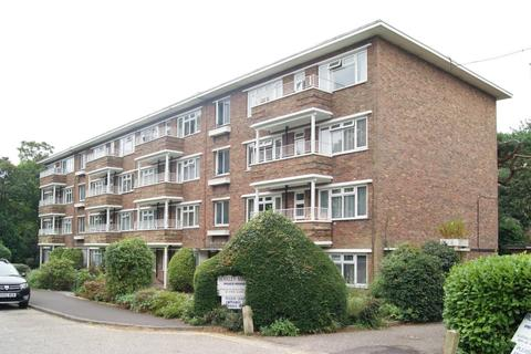 1 bedroom flat to rent - Poole Road, Branksome