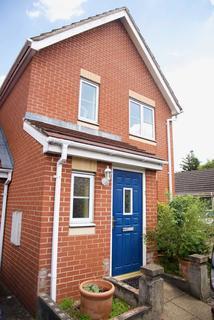 3 bedroom house for sale - Bellarmine Close, Thamesmead, SE28 0JG