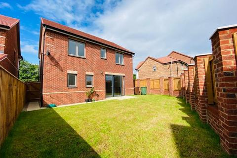 4 bedroom detached house to rent - Knight Street, Prince's Park, Pontefract, WF8 4GH