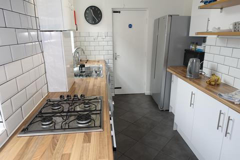 4 bedroom house share to rent - Stamford Street, Middlesbrough, TS1 3EW