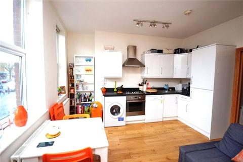 1 bedroom apartment to rent - High Road, East Finchley, N2