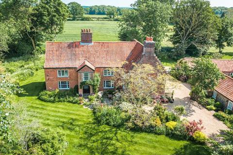 5 bedroom farm house for sale - Gressenhall