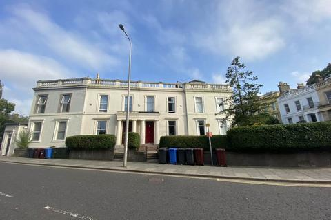 5 bedroom house to rent - 3 Springfield, ,