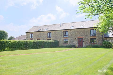 4 bedroom barn conversion to rent - Forest Road, Hanslope, Milton Keynes, MK19