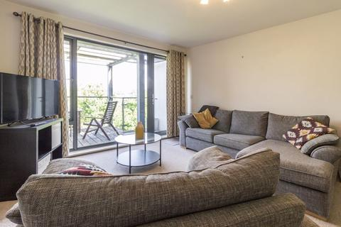 2 bedroom apartment for sale - Samuels Crescent, Whitchurch REF#00014707