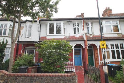 2 bedroom flat for sale - Park Avenue, Palmers Green, London N13