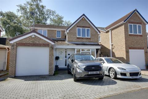 4 bedroom detached house for sale - Ash Avenue, Elloughton