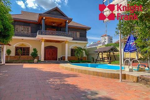 7 bedroom villa - Sangkat Boeungkak 1 Khan Toul Kork, KHSV94