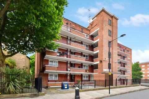 1 bedroom flat for sale - Vollasky House, Bethnal Green E1