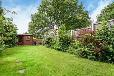 4 bedroom semi-detached bungalow for sale - Quakers Lane, Potters Bar, EN6