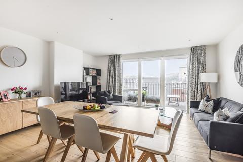 3 bedroom flat for sale - Thunderer Walk Woolwich SE18
