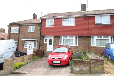 3 bedroom terraced house for sale - Pickwick Crescent, Rochester, Kent, ME12HZ