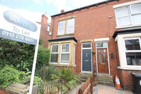 4 bedroom house share to rent - Cross Flatts Grove, Beeston, Leeds, LS11 7BN