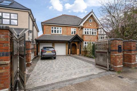 6 bedroom detached house for sale - St Mary's Crescent, Osterley