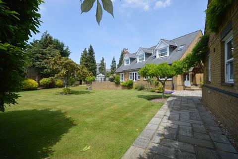 3 bedroom detached house for sale - Bundys Way, Staines-upon-Thames