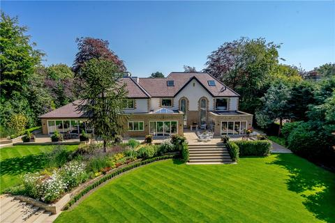 House for sale - Alwoodley, West Yorkshire, LS17