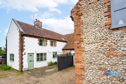 2 bedroom cottage for sale - 11 Pearsons Road, Holt, NR25
