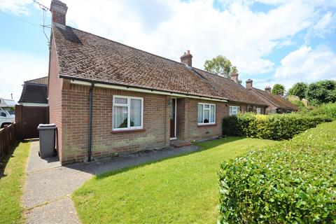 2 bedroom bungalow for sale - Church Avenue, Broomfield, Chelmsford, CM1