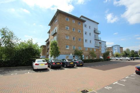 1 bedroom apartment to rent - Sundeala Close, Sunbury-on-Thames, TW16